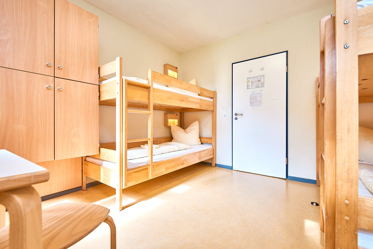 jugendherberge porta westfalica in porta westfalica. Black Bedroom Furniture Sets. Home Design Ideas