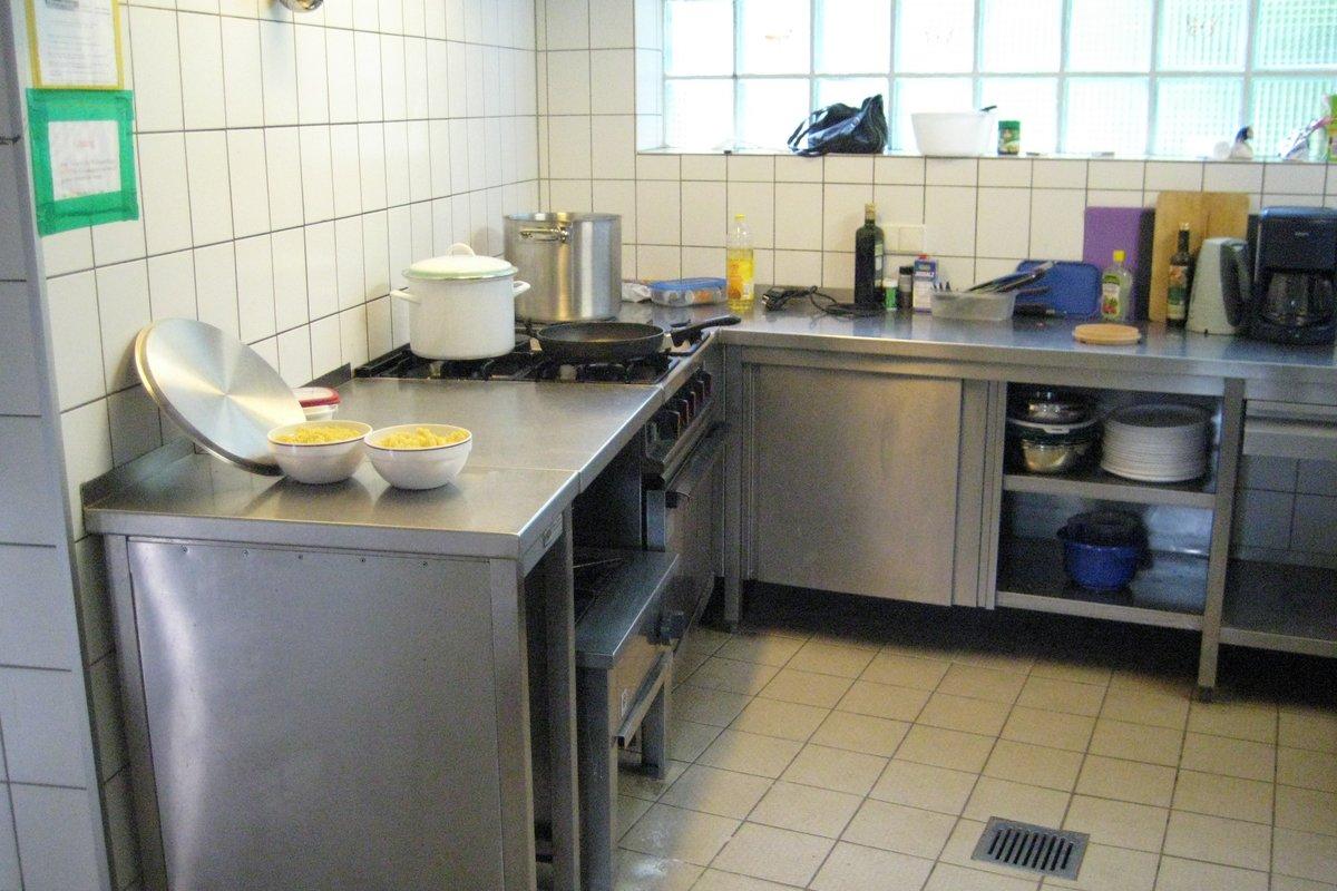 Gemütlich Gebrauchte Küchenschränke Ct Zum Verkauf Ideen - Küche Set ...