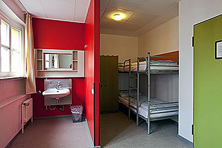Amstel-House-Hostel-Berlin__t19g.jpg