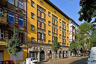 Amstel-House-Hostel-Berlin__t19k.jpg