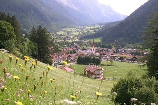 Enzianhuette-in-Antholz-Suedtirol__t12665i.jpg