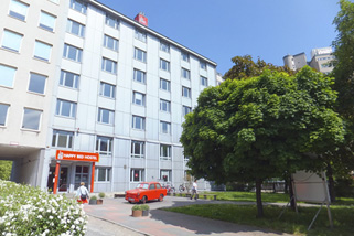 Happy-Bed-Hostel__t12303b.jpg