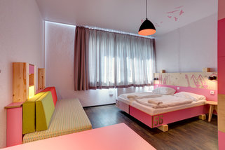 MEININGER-Hotel-Hamburg-City-Center__t11417c.jpg