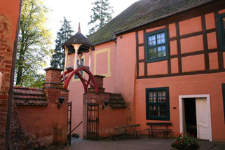 Wasserburg-Turow__t12207c.jpg