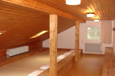 Matratzenlager hütte  Freizeitheim Laichinger-Hütte in Laichingen