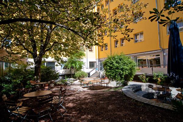 hostel haus international m nchen in m nchen. Black Bedroom Furniture Sets. Home Design Ideas